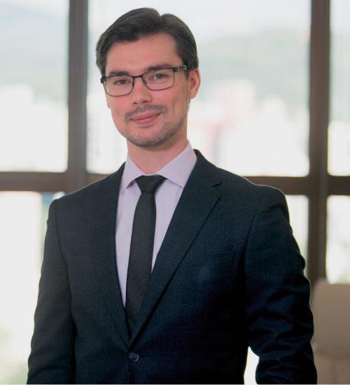 dr-francisco-santos-neto-cirurgiao-plastico-blumenau