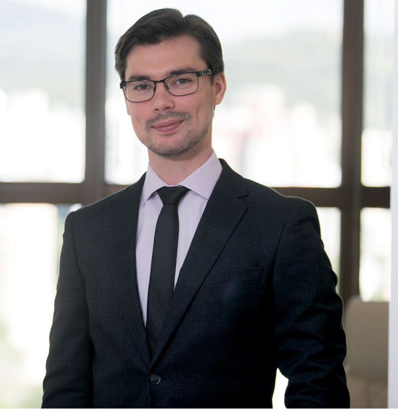 Cirurgião Plástico Blumenau | Dr. Francisco Santos Neto